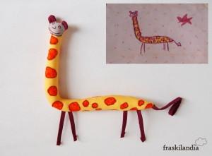 Dibujo de jirafa hecho muñeco